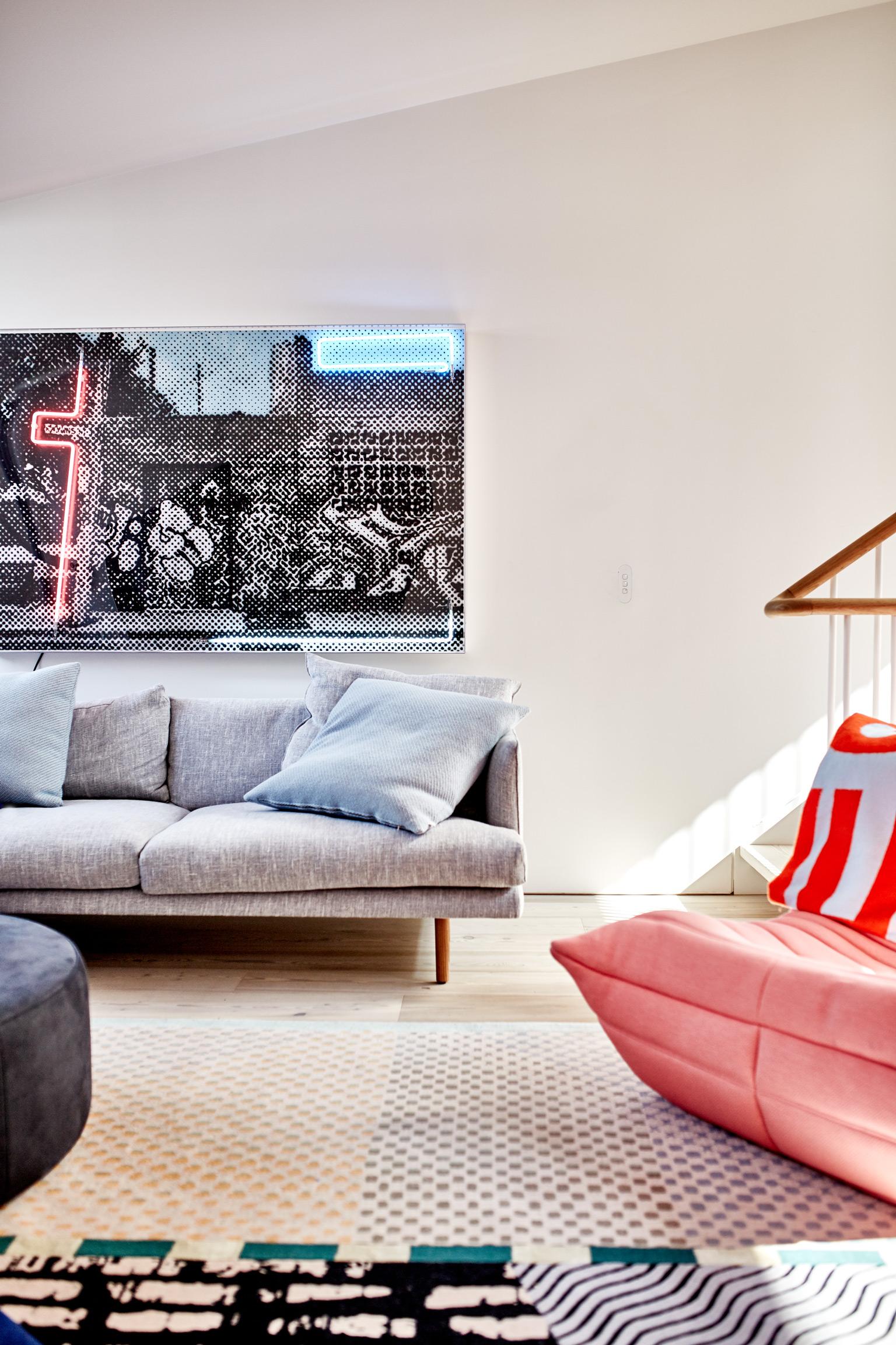 Gwynne Street, 2017  Airbrush acrylic polymer and neon on dibond, acrylic frame 110x170cm