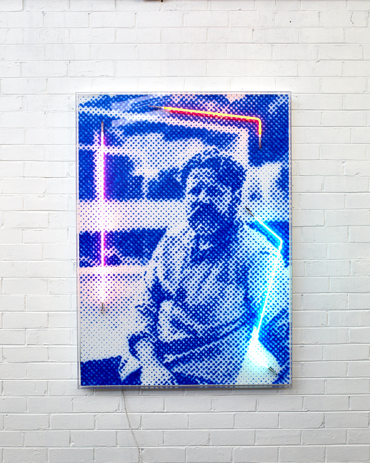 At Hom (Tim Ross), 2019  Airbrush polymer and neon on Dibond, Acrylic frame 105x145cm