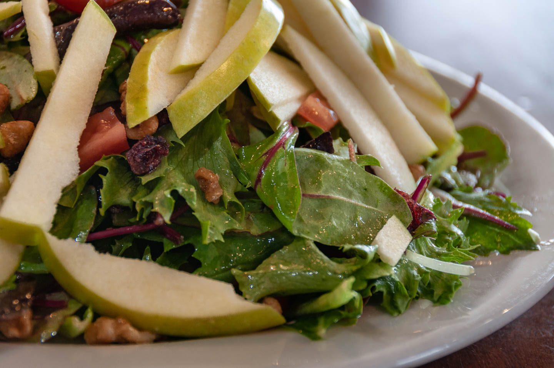 Toninos Pizza & Pasta Malvern Pa - Granny Smith Apple Salad.jpg