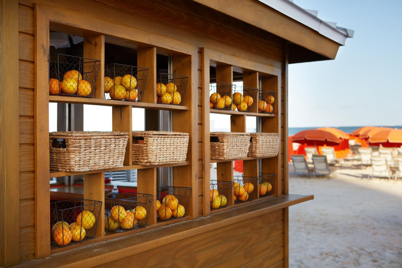 The-Royal-Palm-Miami-Resort-Beach-Fruit-1440x960.jpg