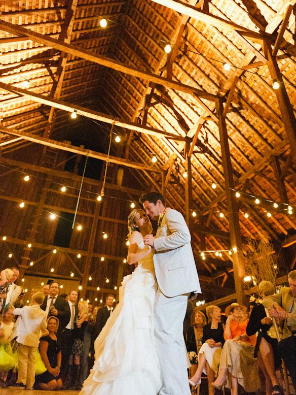SCHNACK_BARN_WEDDING-0035.jpg