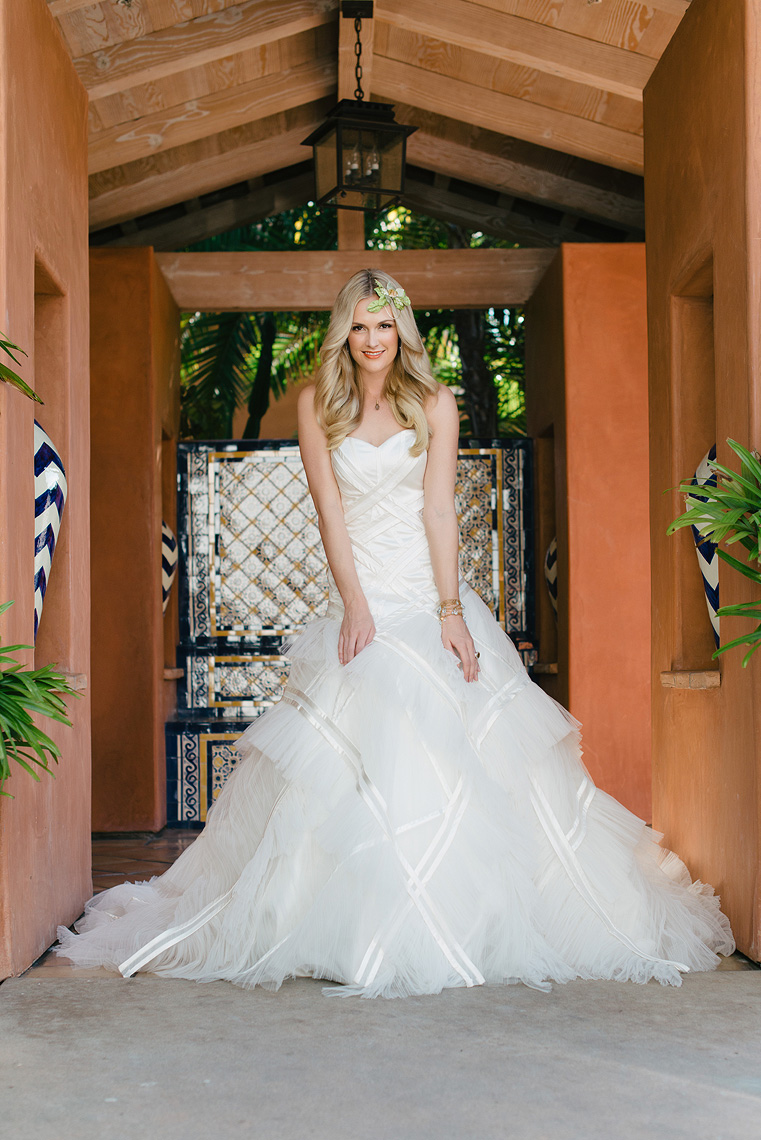 02-wedding-gown-inspiration.jpg