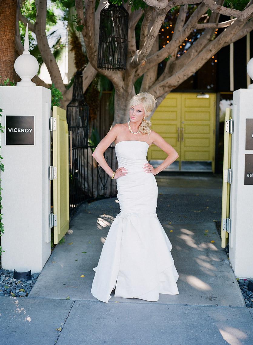 john-schnack-photography-palm-springs-wedding-mid-century-modern-inspiration-shoot-08.jpg
