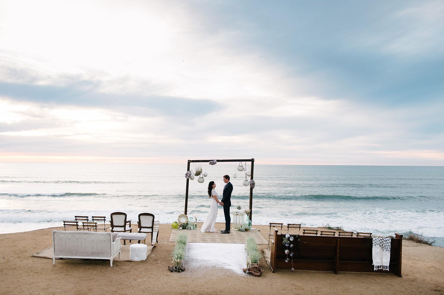 07-san-diego-california-beach-wedding-inspiration.jpg
