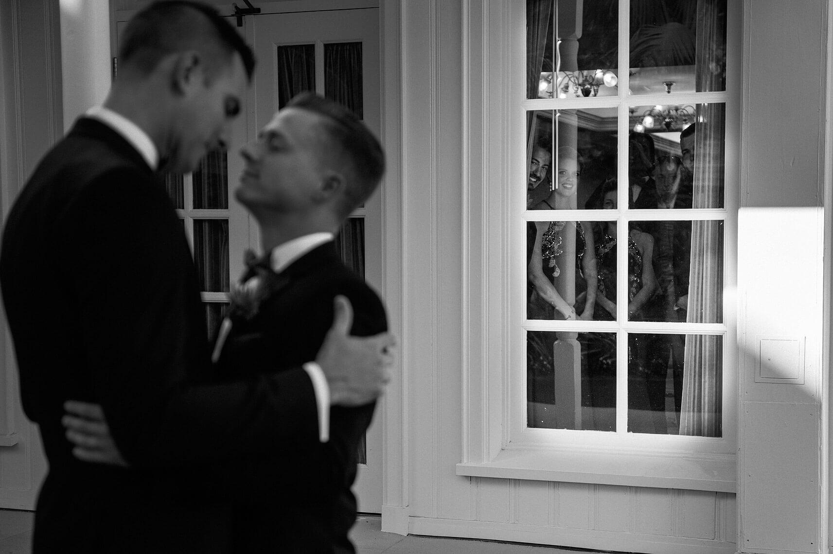 same-sex-wedding-hotel-del-coronado-05.jpg