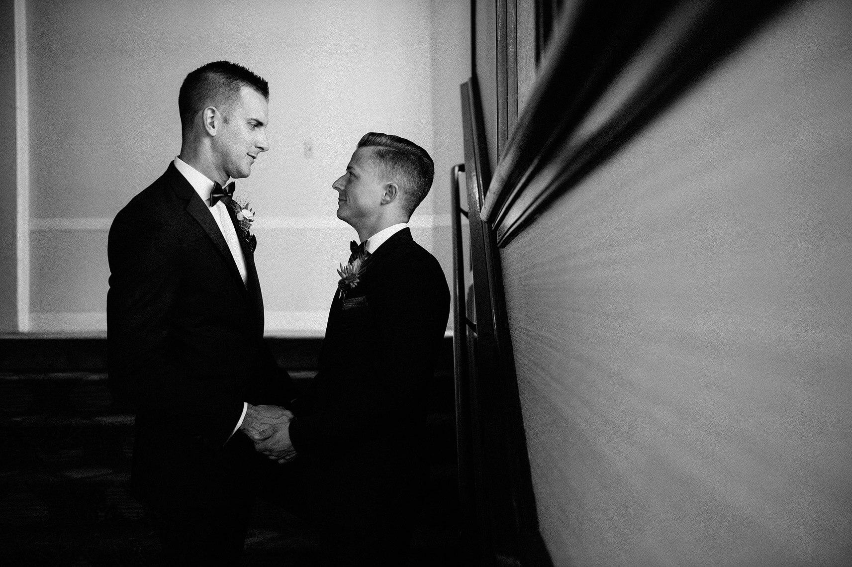same-sex-wedding-hotel-del-coronado-07.jpg