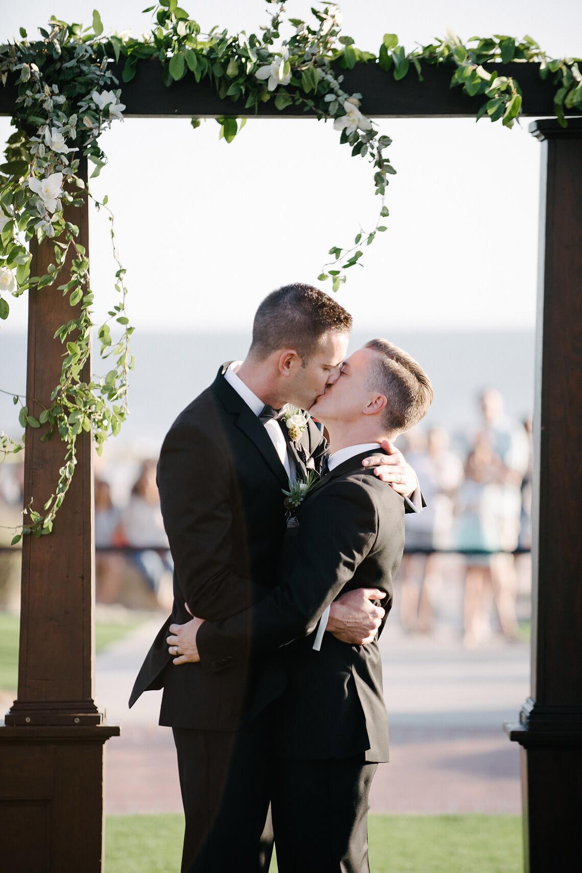 same-sex-wedding-hotel-del-coronado-14.jpg