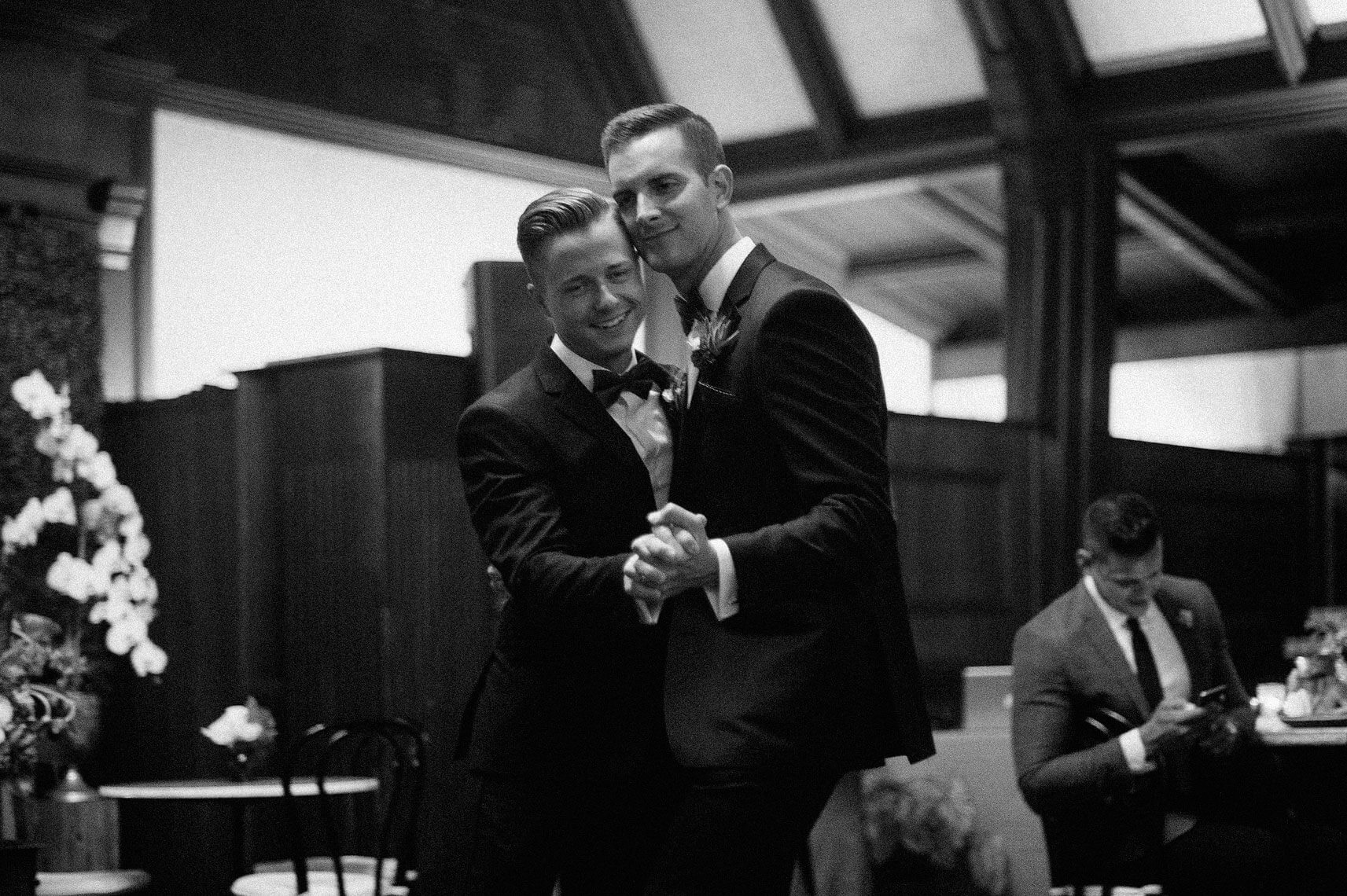 same-sex-wedding-hotel-del-coronado-22.jpg