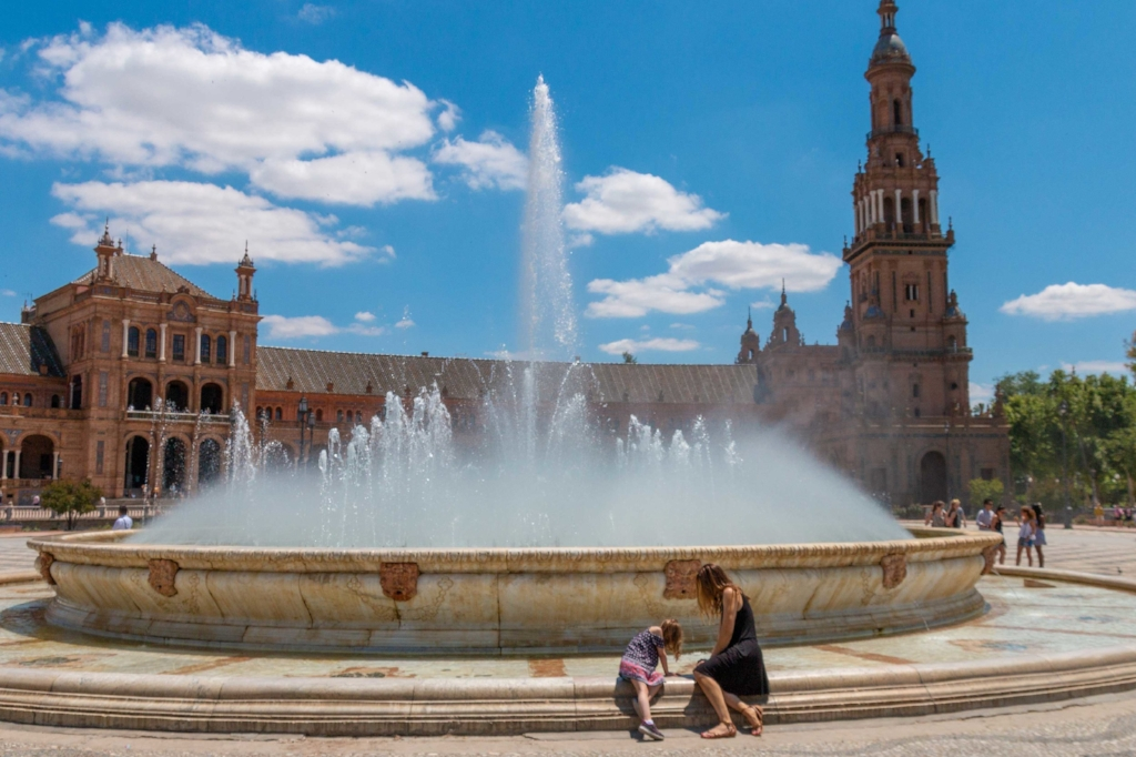 what-its-really-like-to-travel-with-kids-in-spain-post.jpg