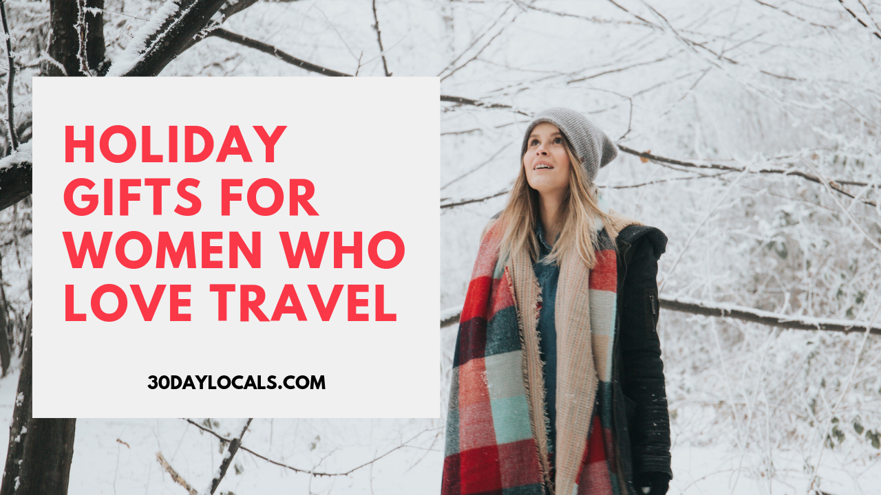Holiday gift guide for women who love to travel. Help her enjoy seeing the world more with these awesome gifts. #holidaygifts #holiday #christmasgift #giftidea #giftguide