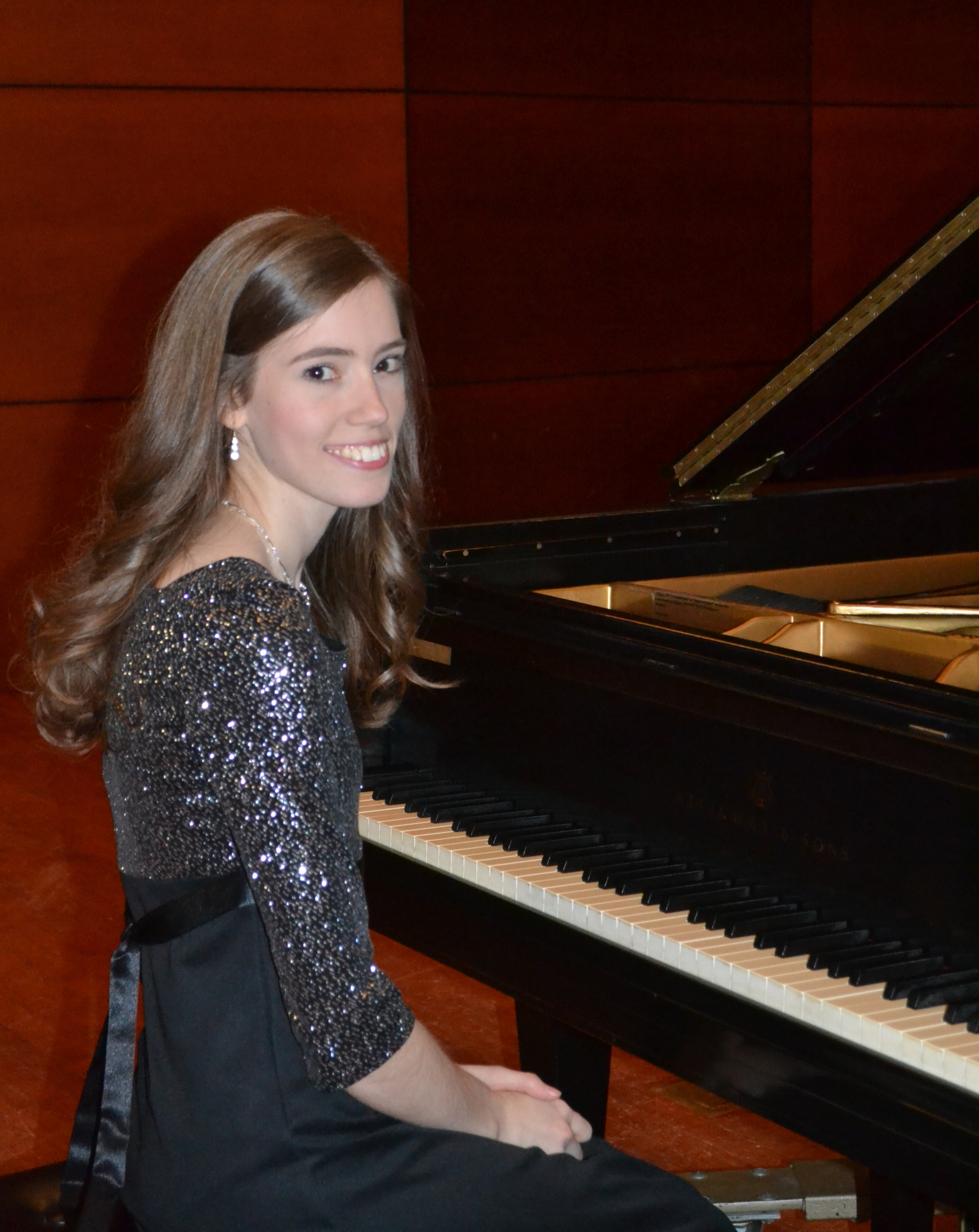 Emily Russ Pianist