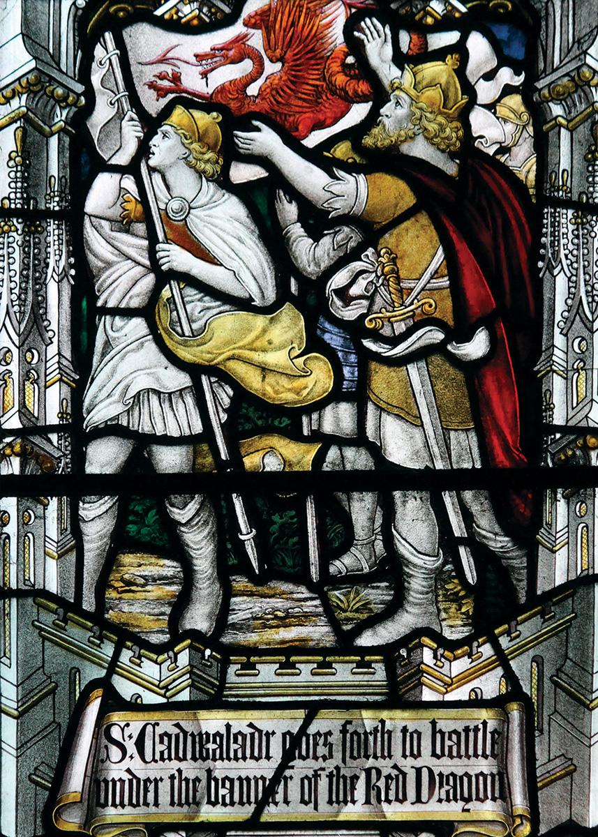 Ffenestr wydr lliw o Eglwys Gadeiriol Llandaf, Caerdydd, yn darlunio St Cadwaladr.
