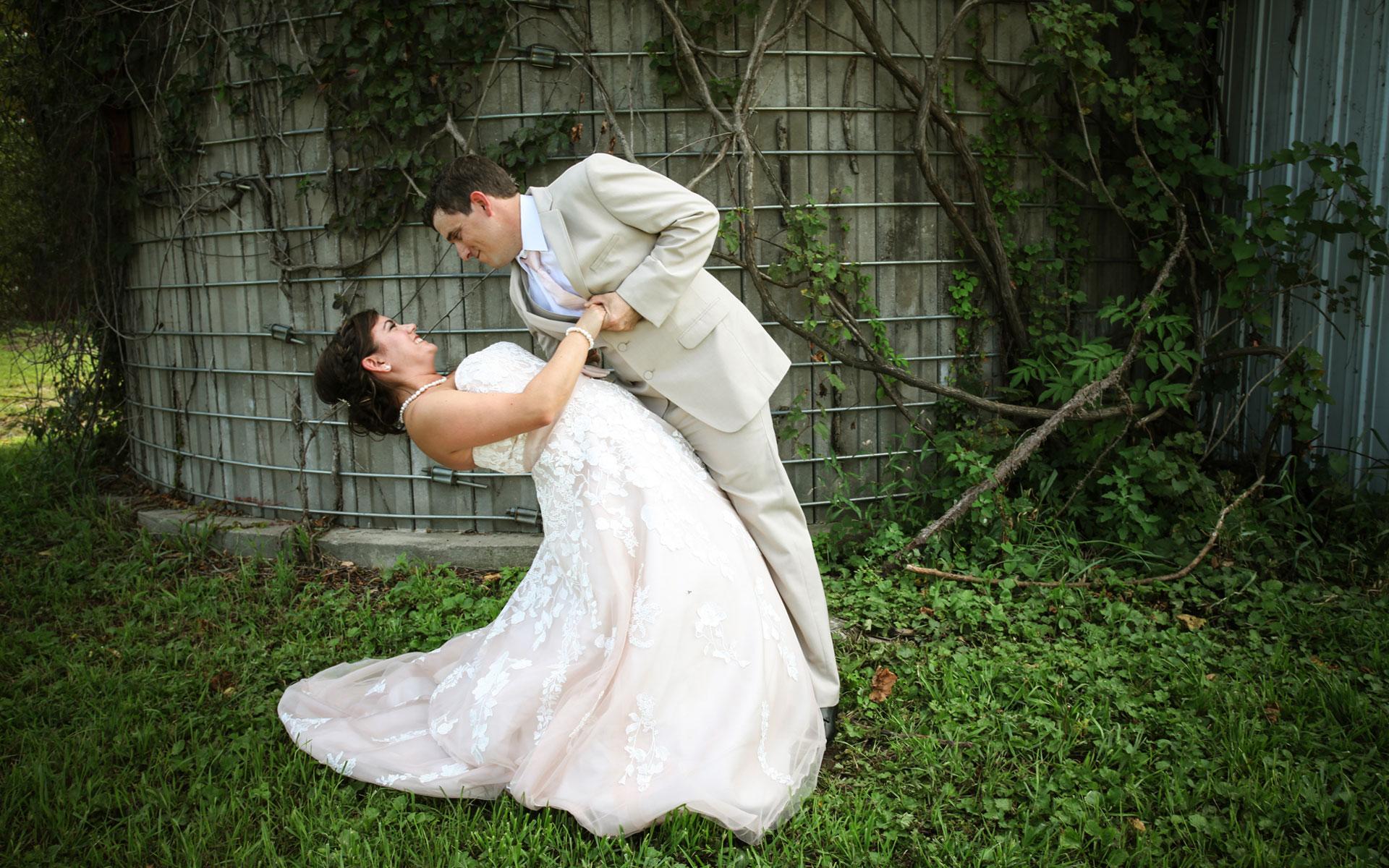 WeddingCoupleDip.jpg
