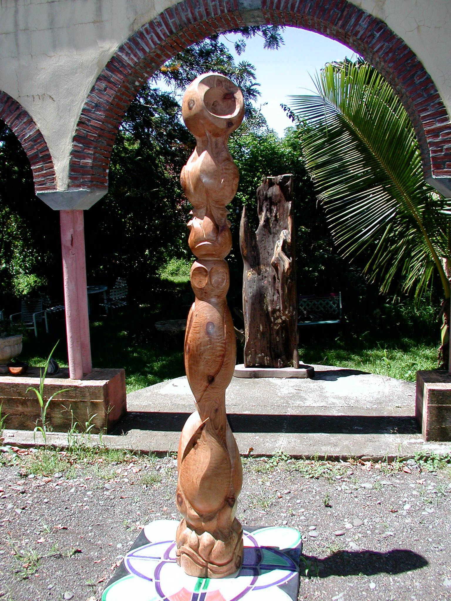 Wood cylindrical Kaupo.jpg