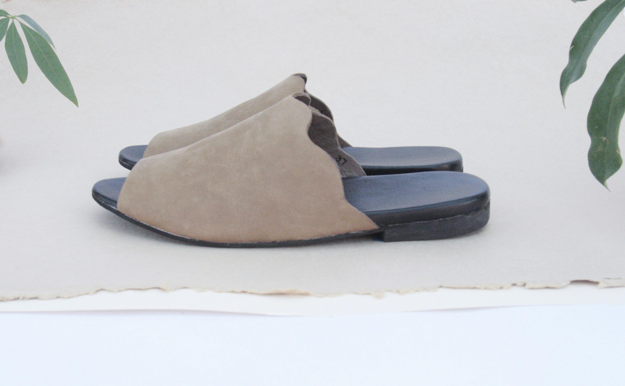Wavvy Mule - Custom Comfort Handmade Slide