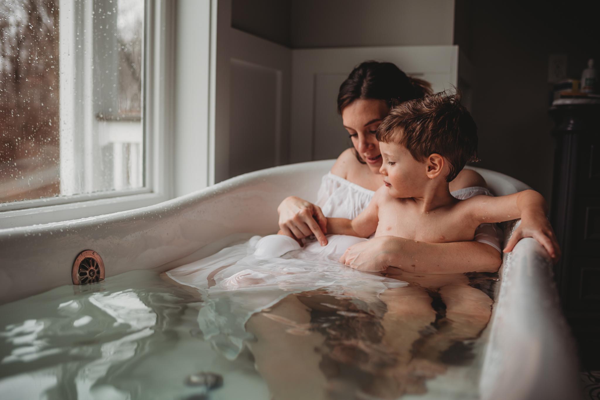 DanielleJohnson.Maternity.Dec2018.Web-24.jpg