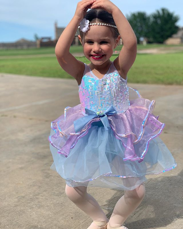 This girls dance dream came true as she got to hit the big stage last night for her first dance recital and nailed every step! I'm so proud of her confidence and bravery