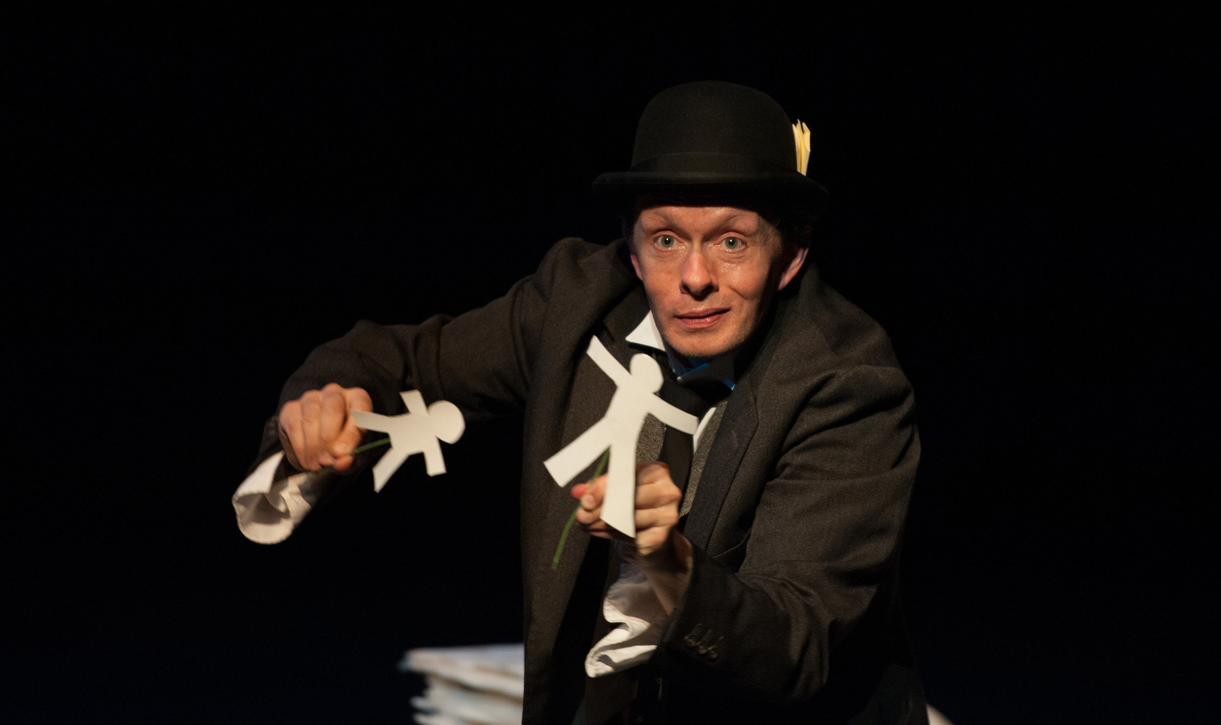 bloominauschwitz by MenagerieTheatre credit Andrew Wilkinson1.jpg