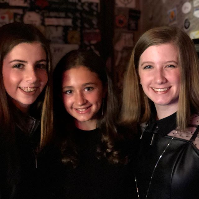 Green room @thebitterendnyc with Briana and Maggie. #rocknroll with The Kjersti Long Band - swinging in for a music industry friend is always a pfun time! #singer #singerslife #thebitterend #kjerstilong #rock #music  #greattime #broadwayworld #broadwayrecords @vandeanproducer #busymonth #june