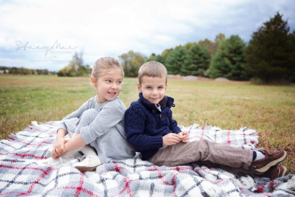 october-18-holiday-mini-sessions_6028fb-620x413