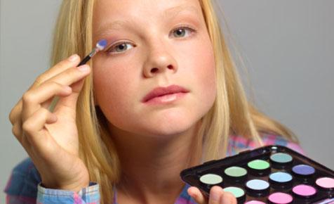 teens_and_makeup