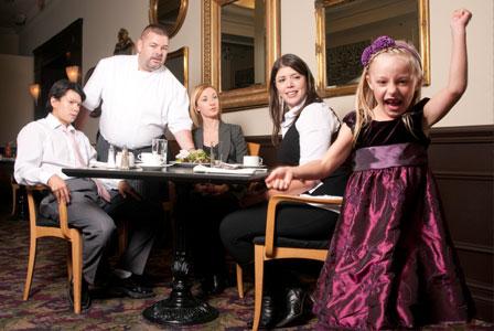 kid-in-restaurant-2.jpg