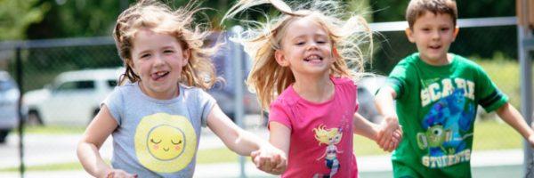 Kids-Running-Holding-Hands-on-Playground-2z4xu2v6bb7otqgaqdfoqy-600x200.jpg