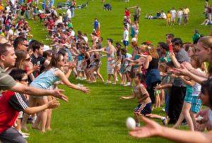 rutgers_day_largest_egg_toss_0-300x203.jpg