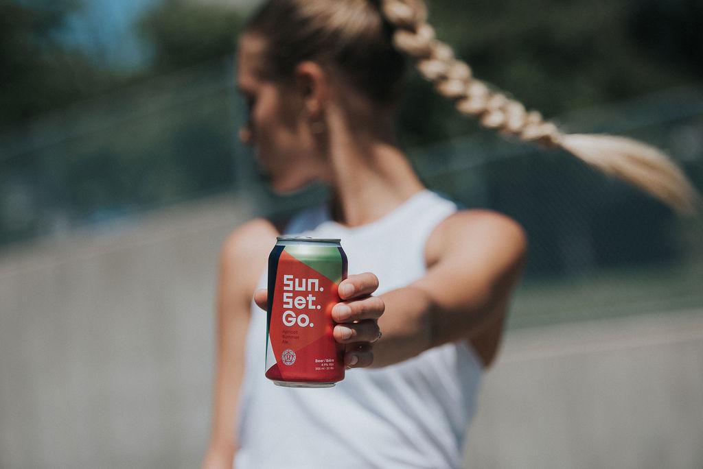 LULULEMON SEAWHEEZE - Sun. Set. Go. Apricot Ale   355ml can, Official Beer Partner