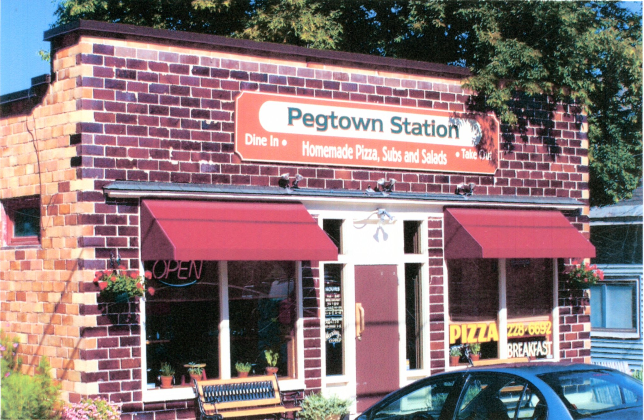 Pegtown Station - Homemade pizza, subs, salads, and voted best breakfast in 2012. 1-231-228-6692