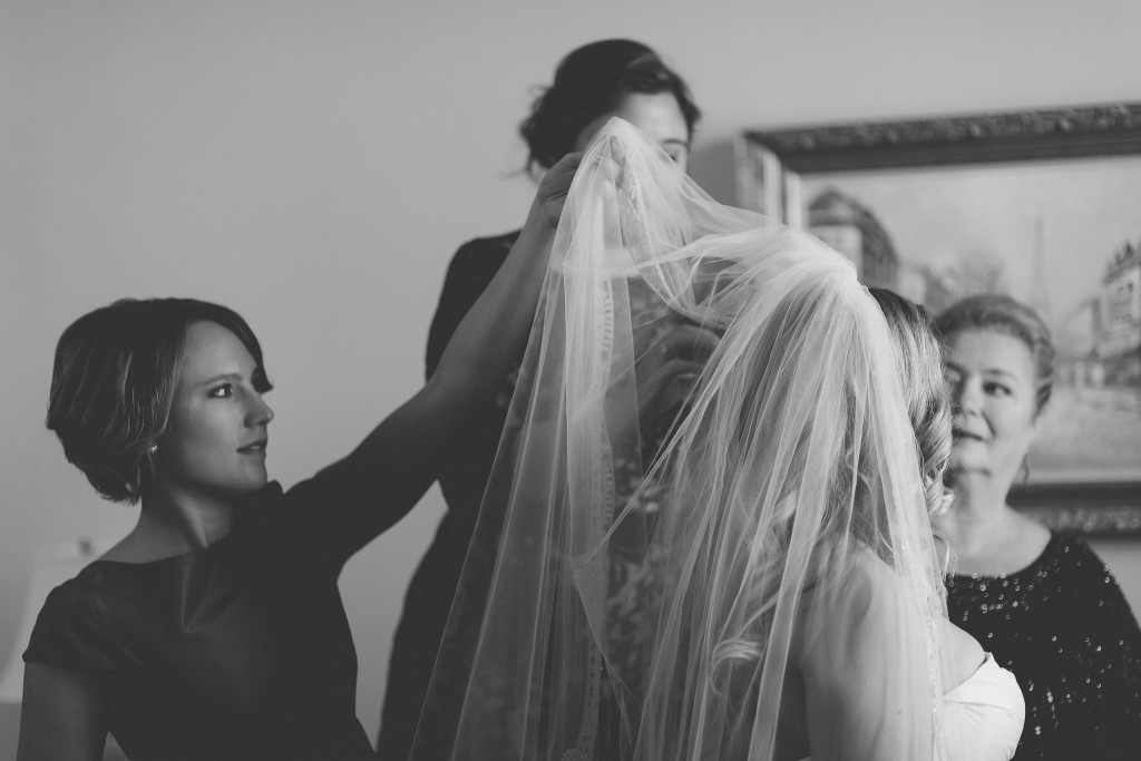 Putting on the Veil, Wedding Day, Ashley Hamm Photography