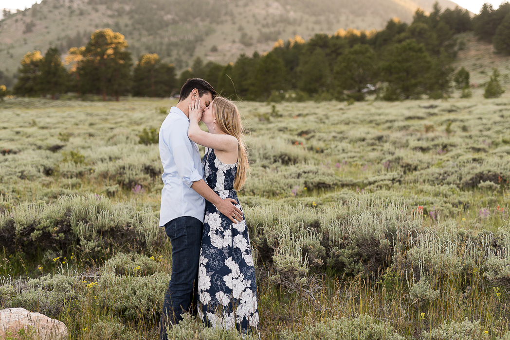 Estes Park Colorado Engagment Photography (19 of 31).jpg