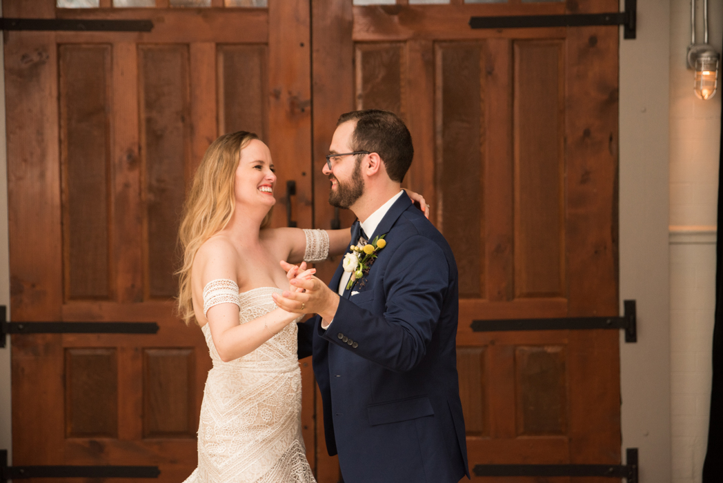 Firehouse Chicago Wedding Photographer Firehouse Chicago Wedding Photographer (22 of 155).jpg