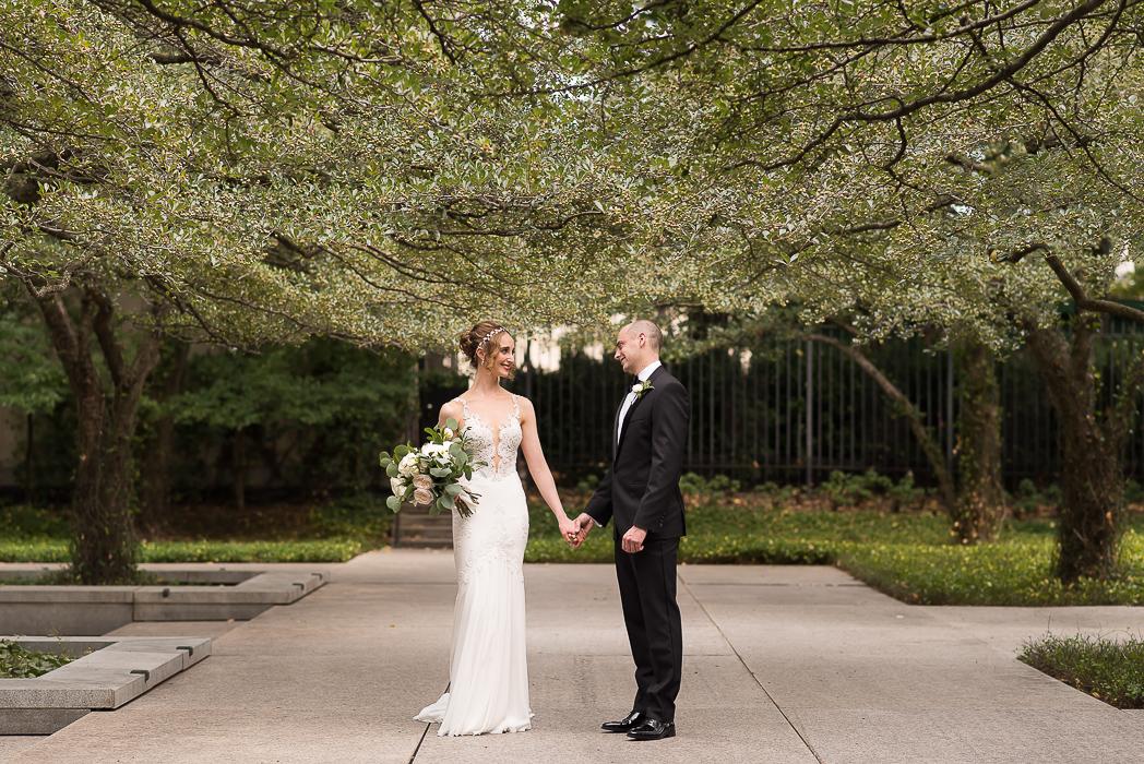 standard-club-chicago-wedding-photography-50-of-221.jpg