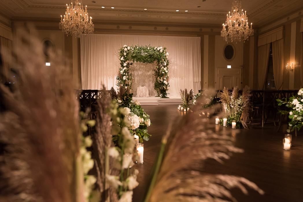 standard-club-chicago-wedding-photography-81-of-221.jpg