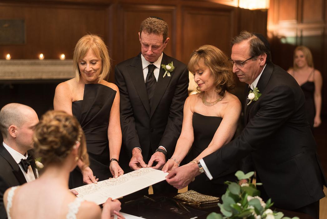 standard-club-chicago-wedding-photography-82-of-221.jpg
