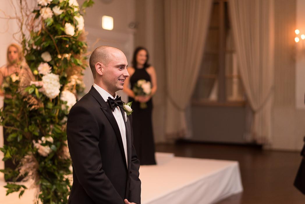 standard-club-chicago-wedding-photography-95-of-221.jpg