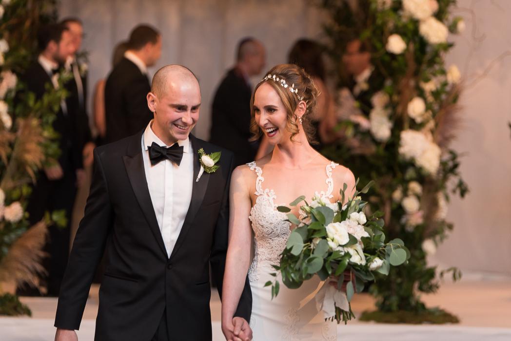 standard-club-chicago-wedding-photography-117-of-221.jpg
