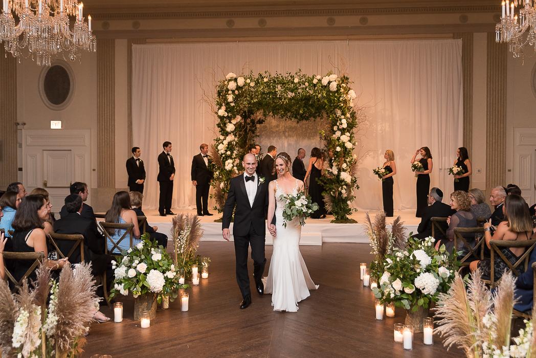 standard-club-chicago-wedding-photography-116-of-221.jpg
