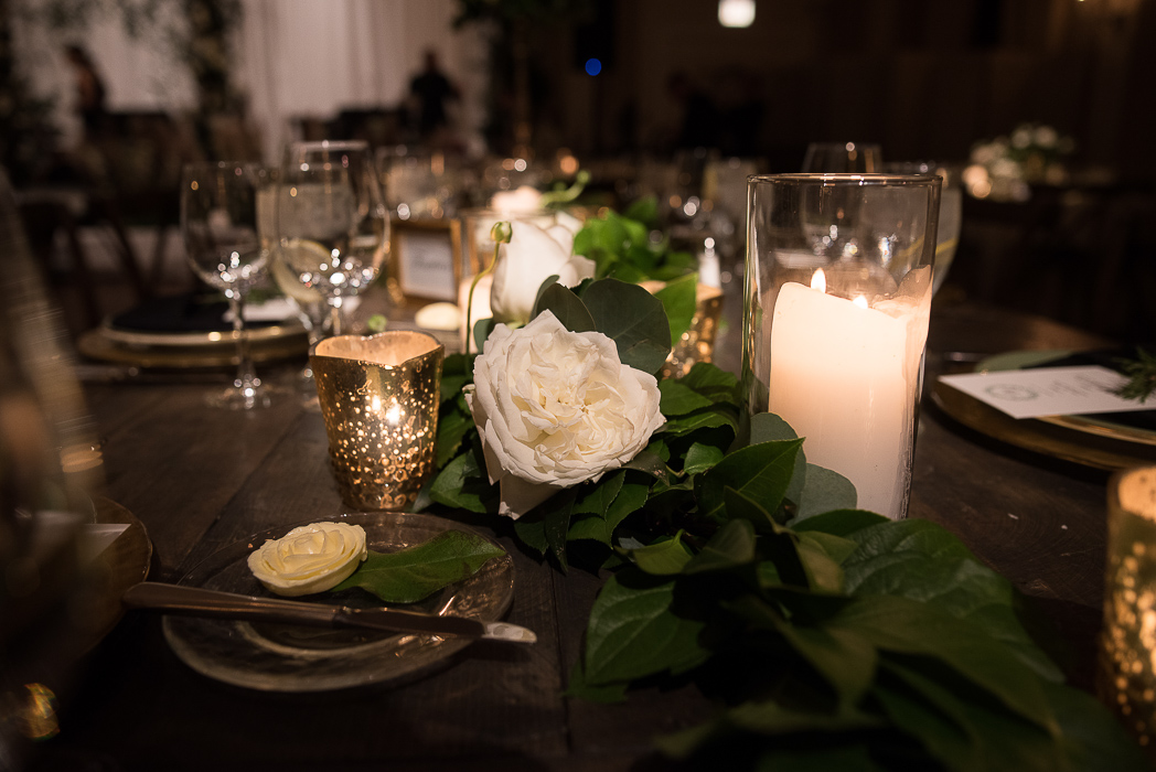 standard-club-chicago-wedding-photography-136-of-221.jpg