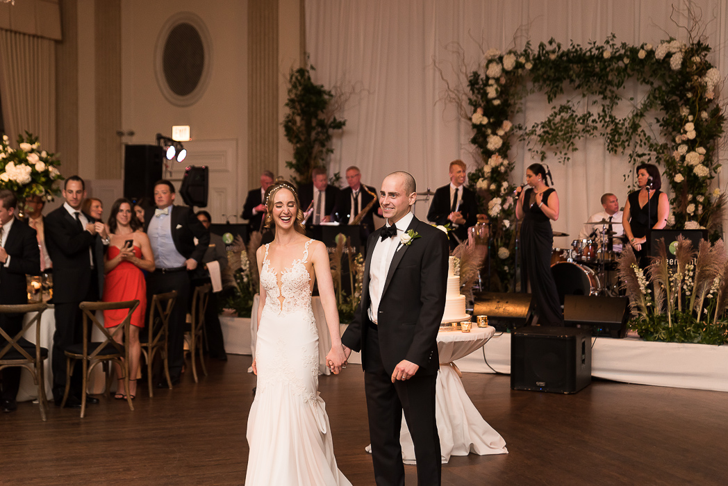 standard-club-chicago-wedding-photography-155-of-221.jpg