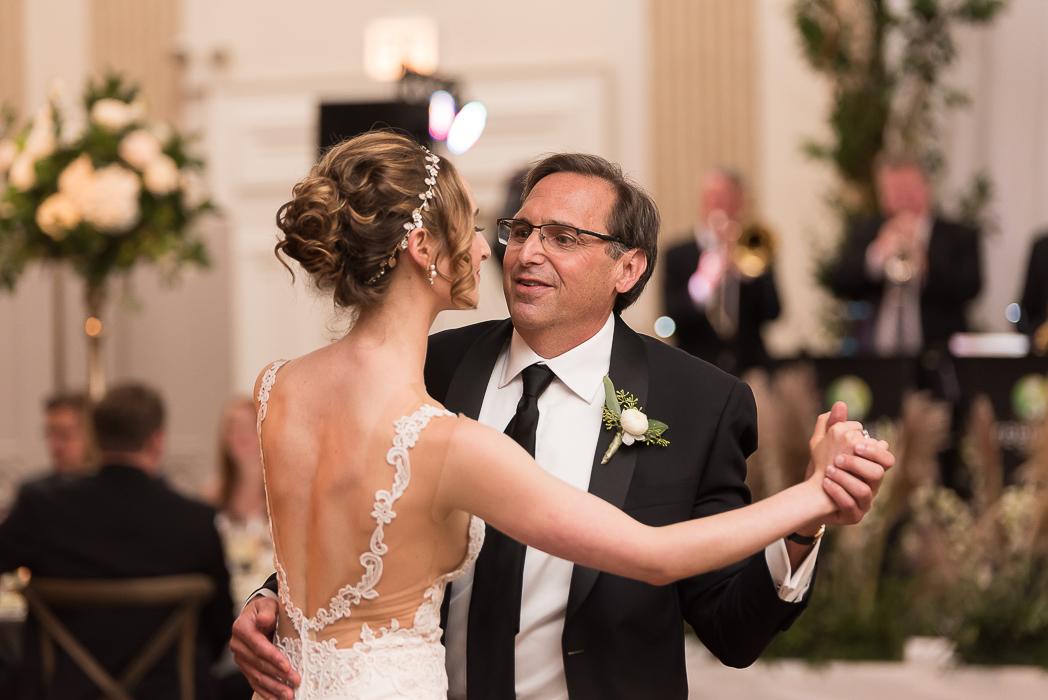standard-club-chicago-wedding-photography-181-of-221.jpg