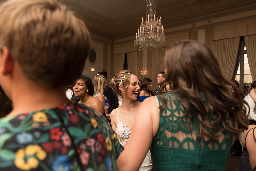 standard-club-chicago-wedding-photography-187-of-221.jpg