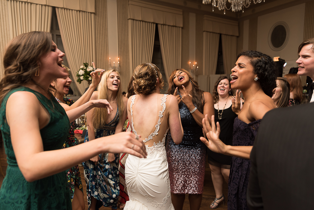 standard-club-chicago-wedding-photography-189-of-221.jpg