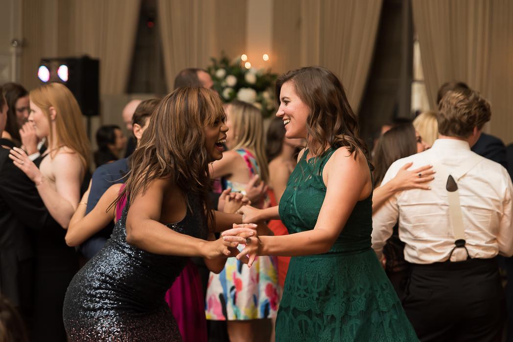 standard-club-chicago-wedding-photography-201-of-221.jpg