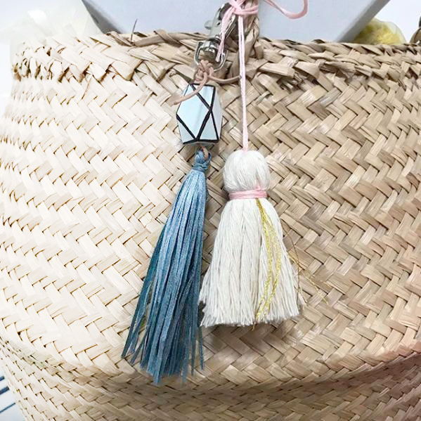 LOOMEFund Raising Tassels - Loome Studios have made these one-of-a-kinds and special tassel pieces with extra care and positive vibes. You can wear them with your outfits, put them on your purse or hang them on a doorknob to bring beauty and a sense of unity to your space. Each piece is priced according to the elements and sizes of the pieces.100% of profits go to Raices and ACLU to provide legal support to reunite kids and parents.$22