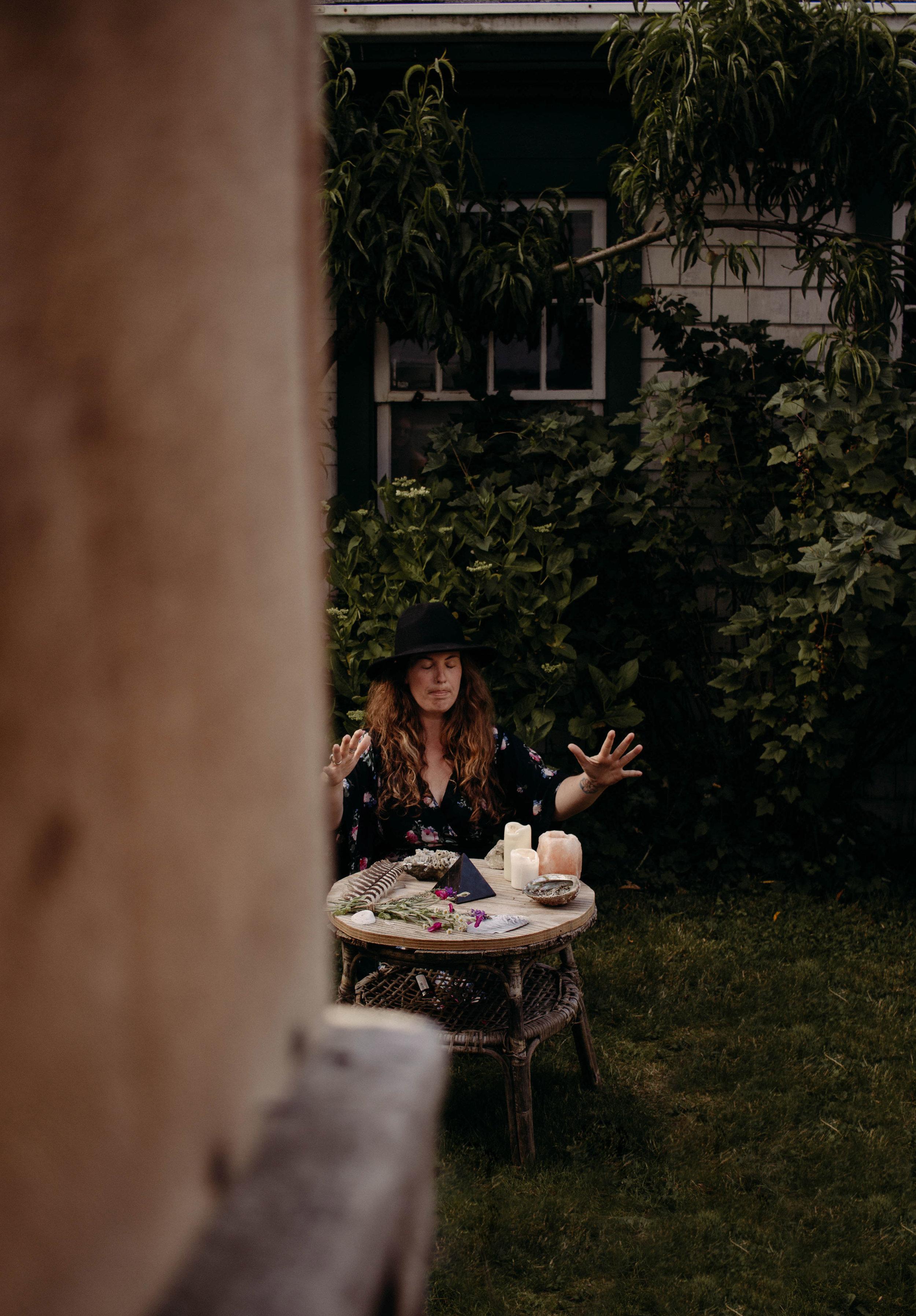 christa-fontaine_backyard-summer-shoot-59_web.jpg