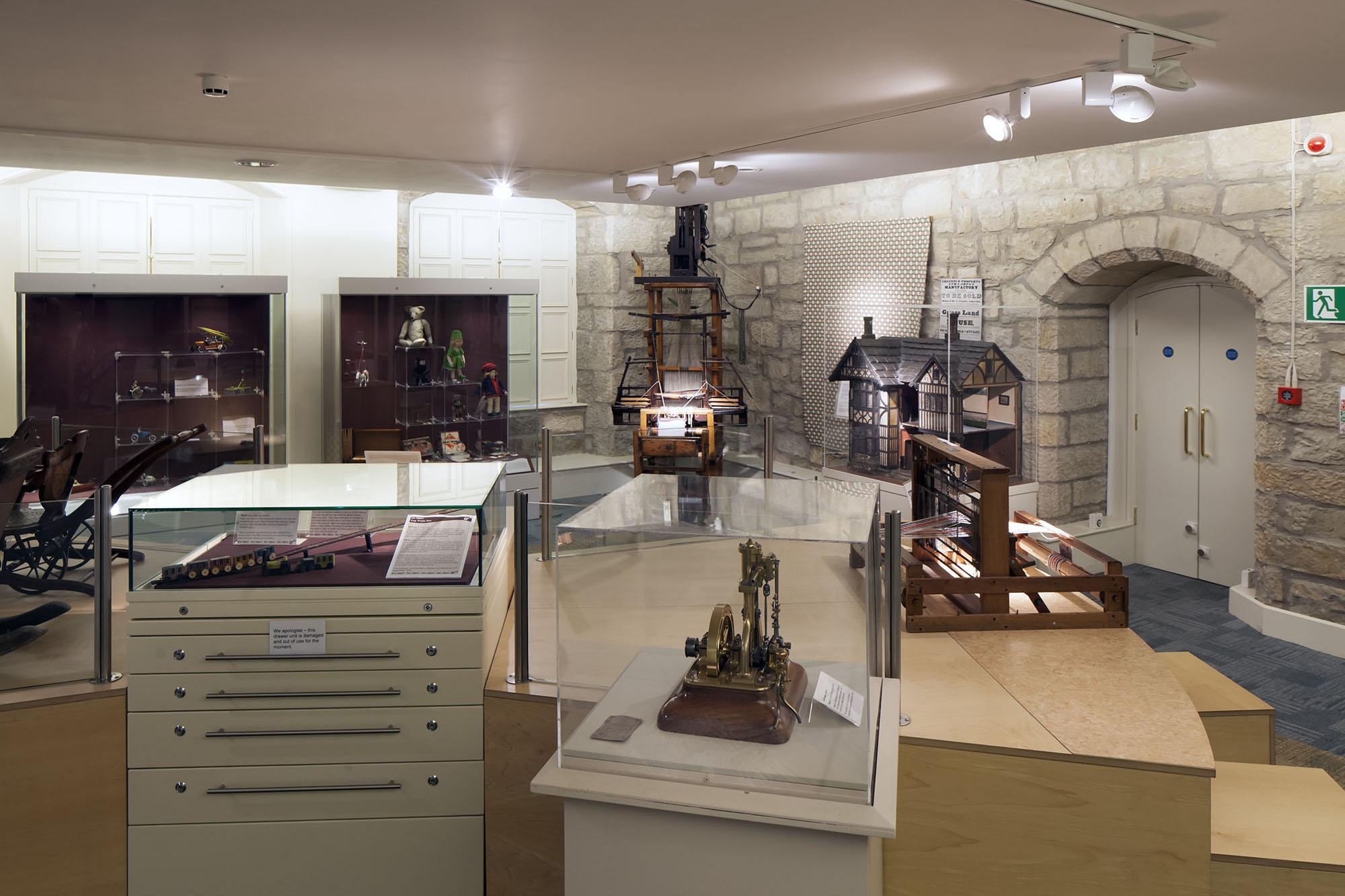 Niven Bowes Museum Streetlam Galleries 3.jpg