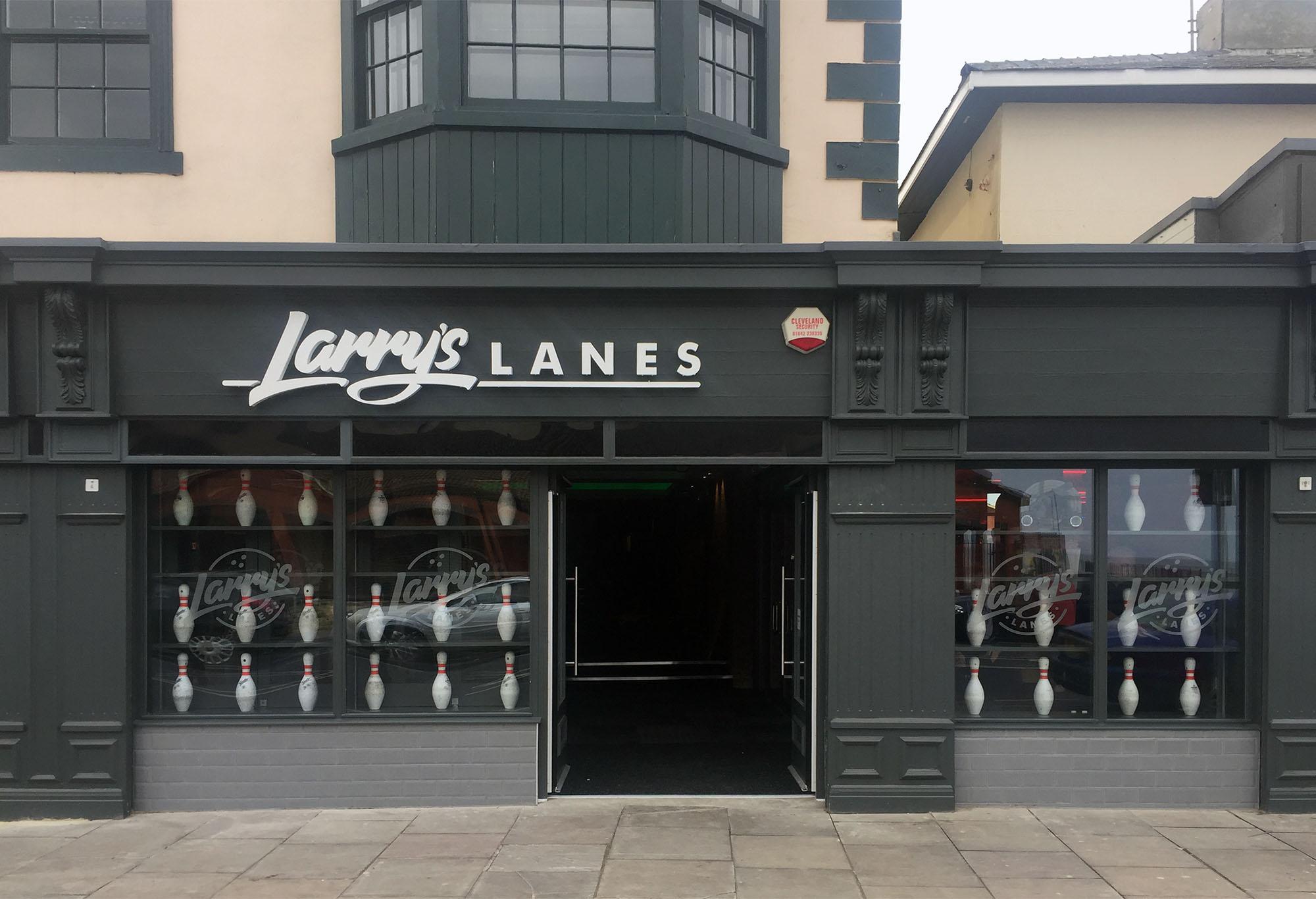 Niven Larry's Lanes Front.jpg