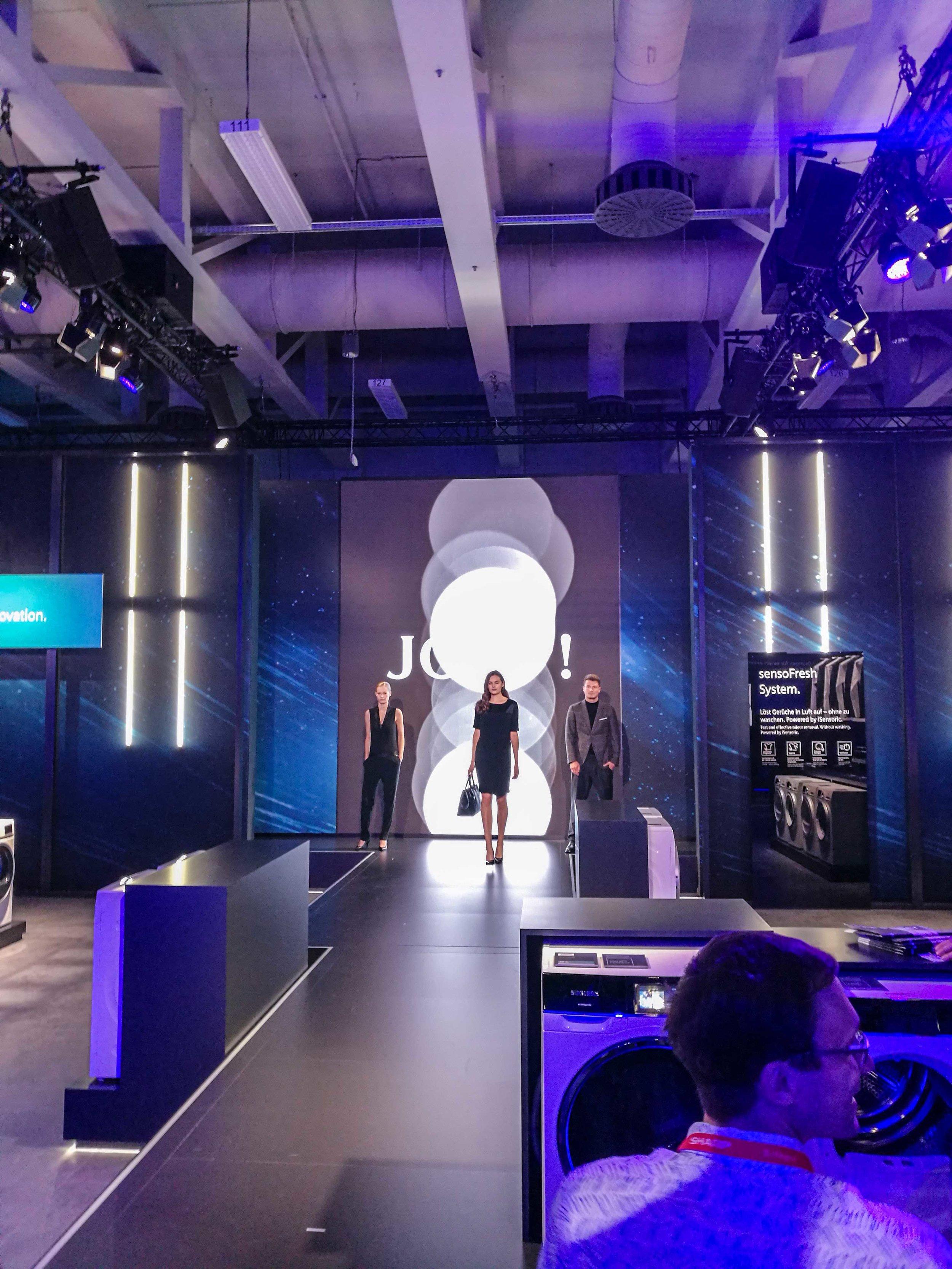 AEG_Fashion_garmentcare_ifa.jpg